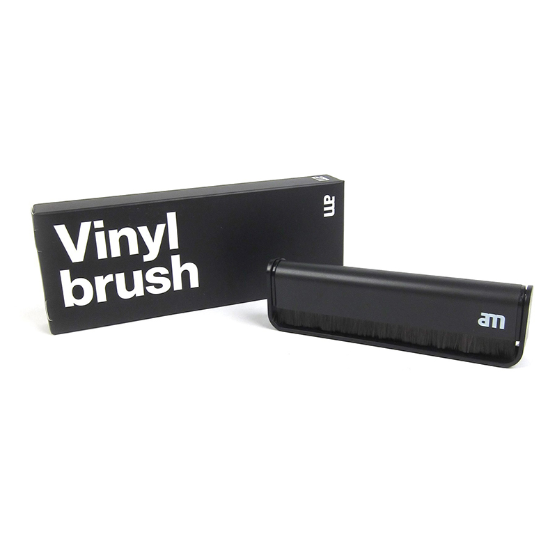 AM Vinyl Brush