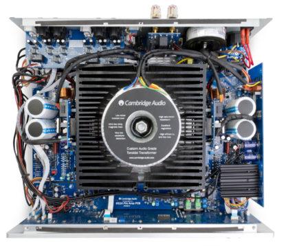 Cambridge Audio 851A interior
