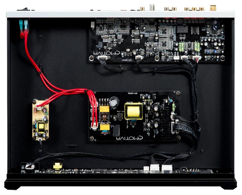 Emotiva BasX PT-100 circuitería