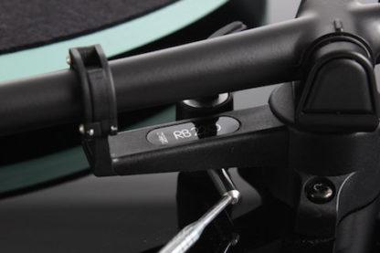Brazo RB220