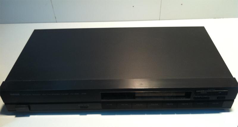 Yamaha TX-330