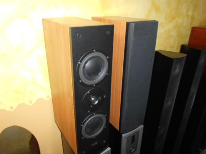 Dynaudio Audience LR120