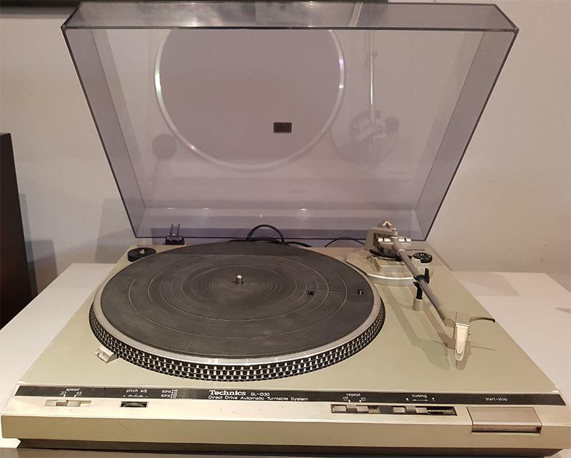 Technics SL-D30