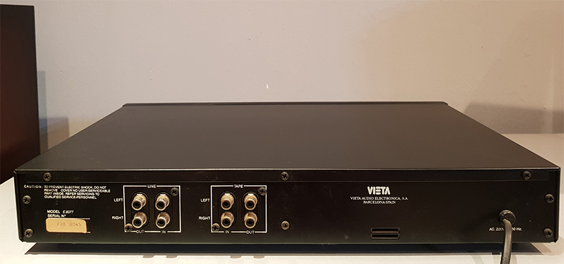 Vieta E8077